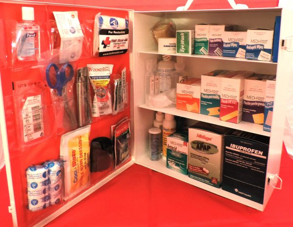 3 Shelf Metal First-Aid Cabinet 2