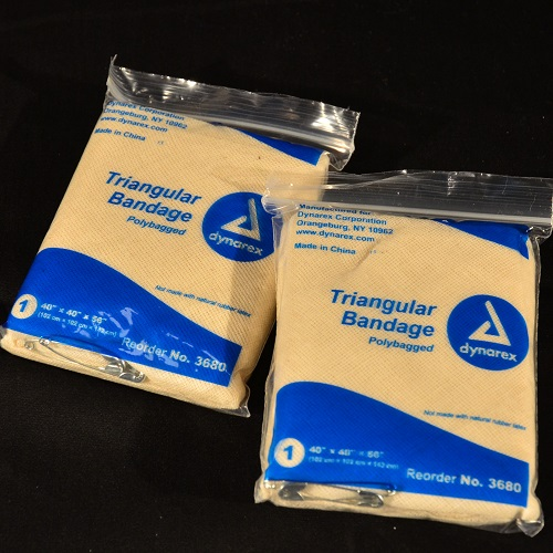 Triangle Bandages (fabric) with safety pins